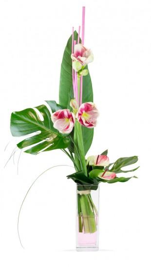 Bouquet hauteur avec amaryllis roses, anthuriums roses