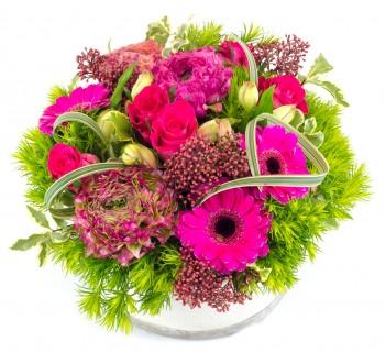 Garden : composition basse avec roses fushias pour la Saint Valentin