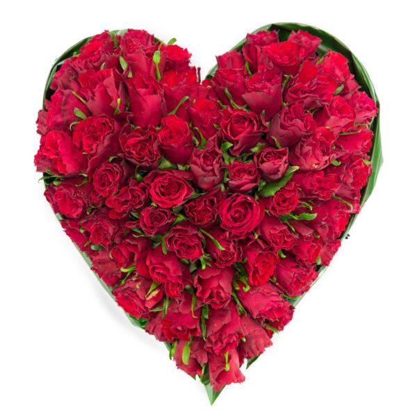 Coeur de roses rouges