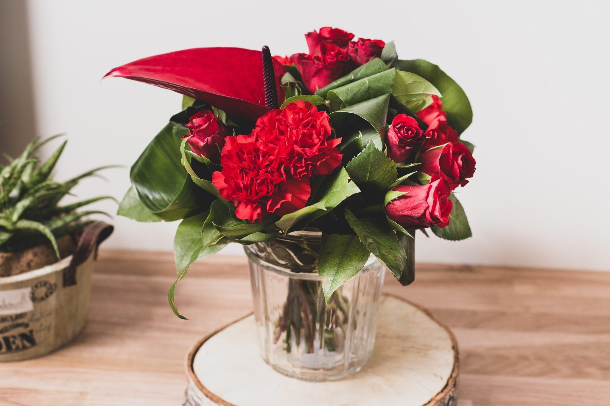 fleuriste lorient livraison de fleurs bouquet mari e lorient. Black Bedroom Furniture Sets. Home Design Ideas