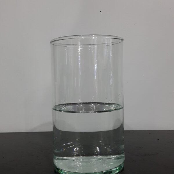 vase transparent seul